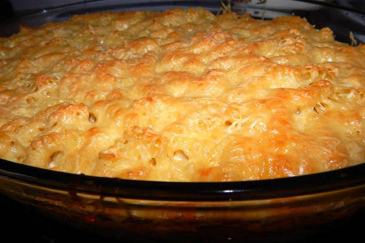 Borral és póréval a legjobb a csőben sült tészta
