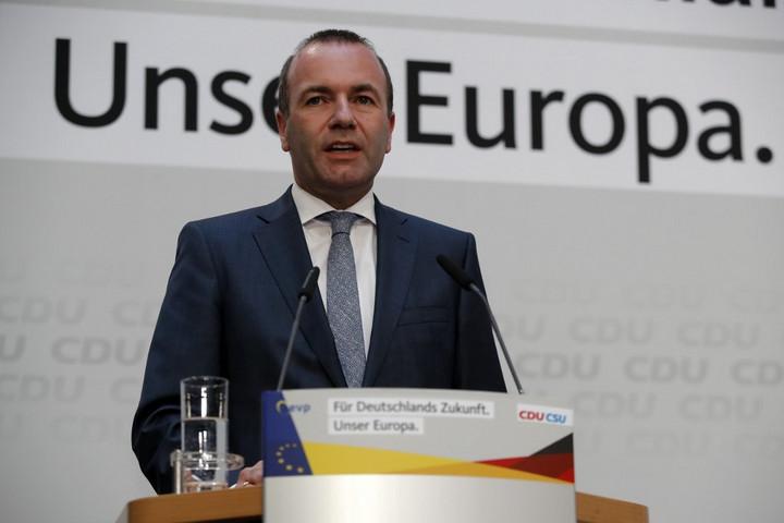 Weber: Az Európai Parlamentet erősíti a magas részvételi arány