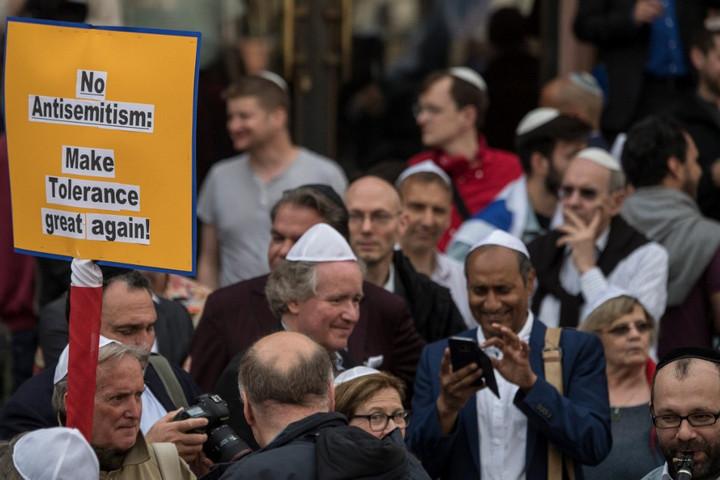 Tovább nőtt az antiszemita indíttatású bűncselekmények száma Németországban