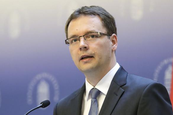 Izer Norbert: Már ötvenmillió online számlát küldtek be az adóhivatalhoz