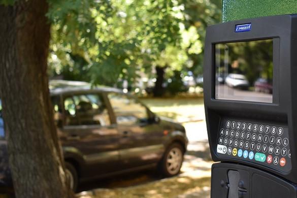 Újabb botrányos parkolási ügylet düböröghet Zuglóban
