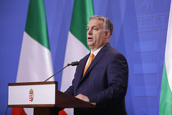 Orbán nem akar beleszólni a csúcsjelöltek vitájába