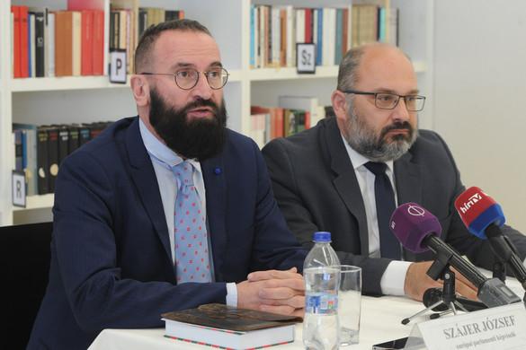 Szájer József: A migrációs válságot csak a bevándorlás leállításával lehet megoldani