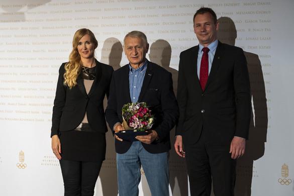 Életműdíjat kapott a MOB-tól Dunai Antal