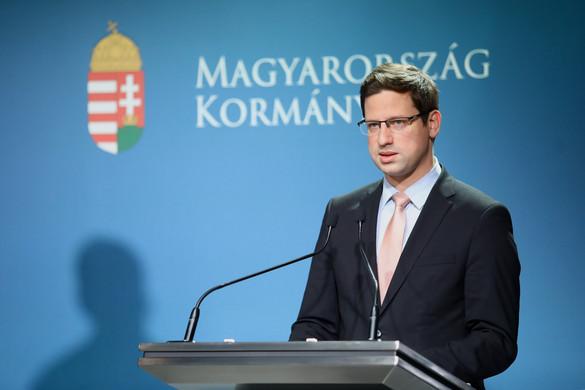 Gulyás: Az erős felhatalmazás nagy segítséget nyújt az európai vitákban