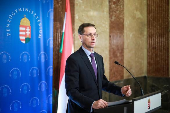 Varga Mihály: A rendszerváltozás óta nem volt ilyen alacsony a munkanélküliség Magyarországon