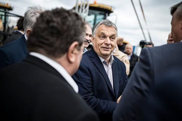 Orbán: A magyar gazdáknak vasárnap nemet kell mondaniuk a bevándorlásra