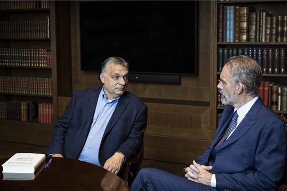 Konzervatív kanadai gondolkodóval tárgyalt Orbán Viktor