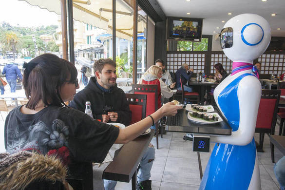 Robotok szolgálják fel az ételt Hemingway egykori törzshelyén