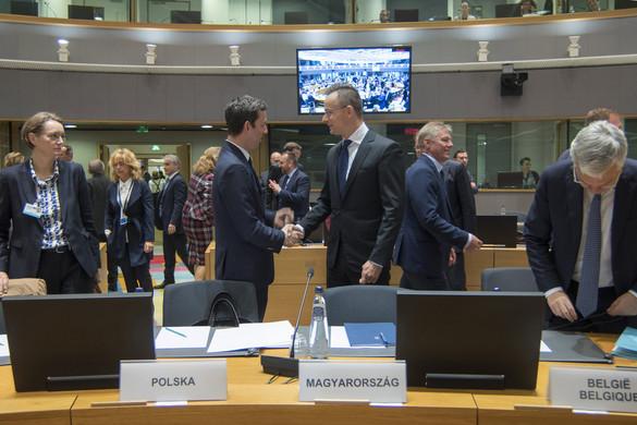 Szijjártó: Új politikai helyzet van Európában