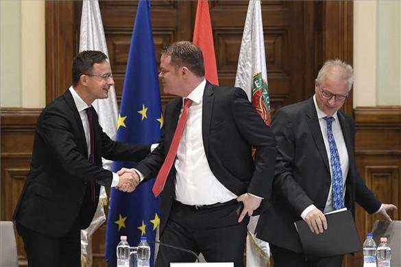 Szijjártó: Még soha nem volt ekkora tétje az EP-választásoknak