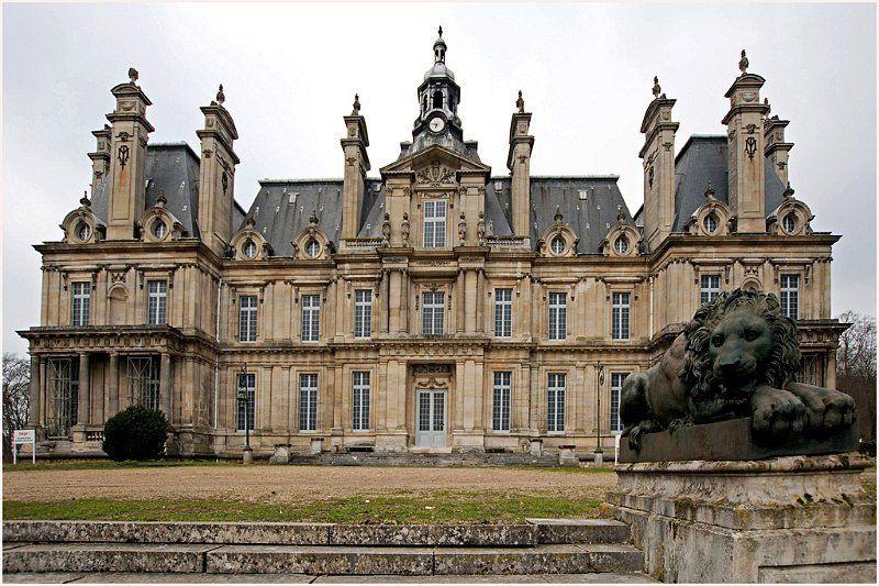 A Carnelle-i kastély úgy néz ki megmenekül, már dolgoznak a felújításán