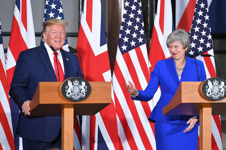 Trump: A brit kormánynak pert kellett volna indítania az EU ellen