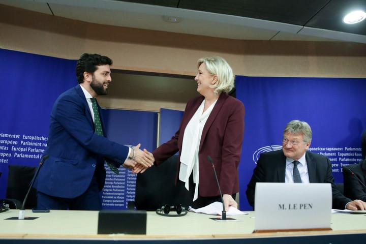 Új frakciót alakít a Salvini és Le Pen  pártja által vezetett szövetség az EP-ben