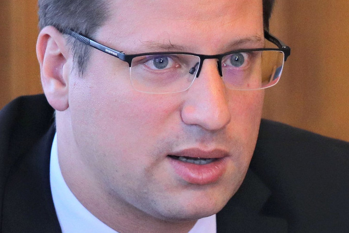 Gulyás: A jobboldali, kereszténydemokrata pártok szerepeltek a legjobban az EP-választásokon
