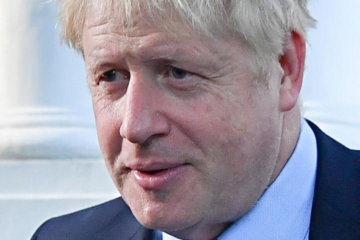 Johnson: Elsődleges feladat a külföldi EU-állampolgárok jogainak védelme