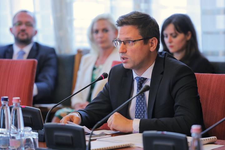 Gulyás: Nagy hangsúlyt kaptak a kormány működésében az uniós ügyek