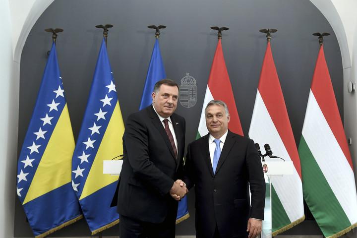 Orbán: Intenzív kapcsolatokat kell kiépíteni Budapest és Banja Luka között