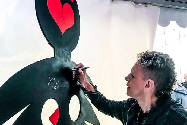 Széket avattak a Depeche Mode tiszteletére