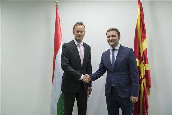 Szijjártó: Észak-Macedónia uniós integrációja európai érdek