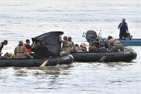 A Hartánál megtalált férfiholttest egy dél-koreai utasé