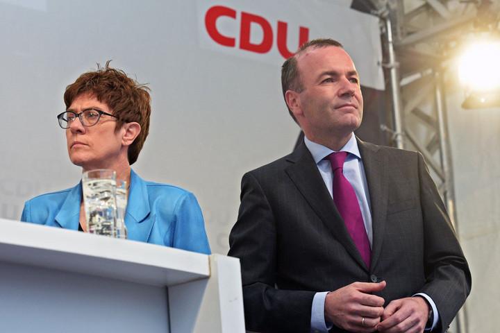Berlinben hiába támogatják Webert