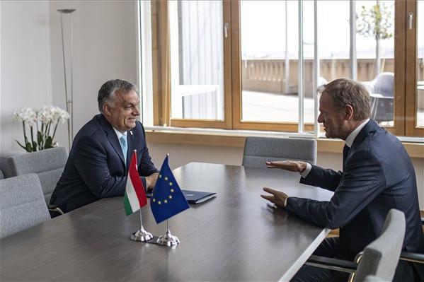 Orbán: Történelmi hibát követne el az Európai Néppárt, ha támogatásával Timmermans lenne az EB elnöke