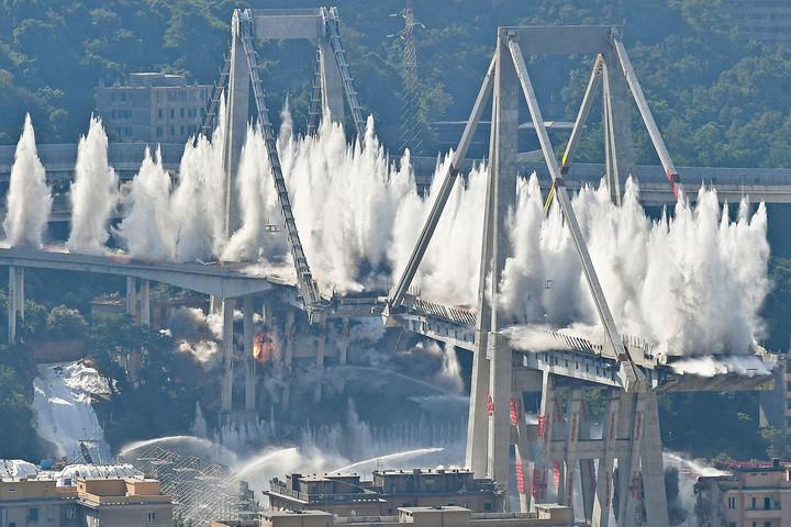 Eltüntették a Morandi hidat