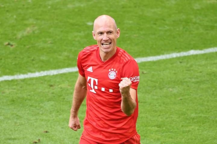 Robbent a Lazio, Rebicet az Atlético szerződtetné