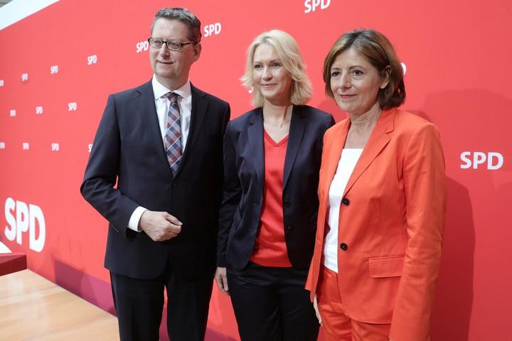 Három alelnök veszi át a német szociáldemokraták vezetését