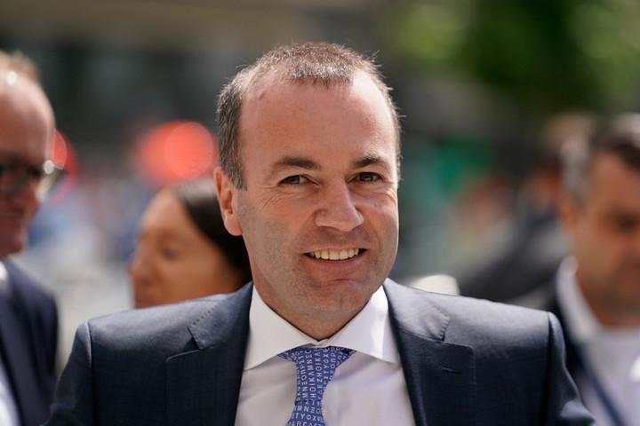 A Fidesz továbbra sem támogatja Webert és Timmermanst bizottsági elnöknek