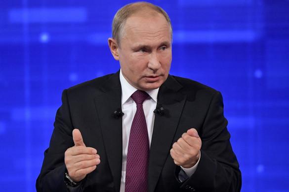 Putyin: Moszkva a szankciók hatására sem adja fel alapvető érdekeit
