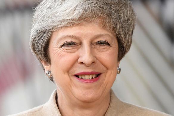 Belebukott a Brexitbe Theresa May kormányfő