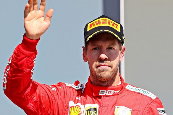 Nem tudta elviselni Sebastian Vettel, hogy megbüntették