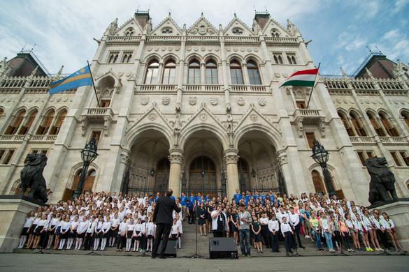 Szlovákia bírálja a nemzeti összetartozás évéről hozott magyar döntést