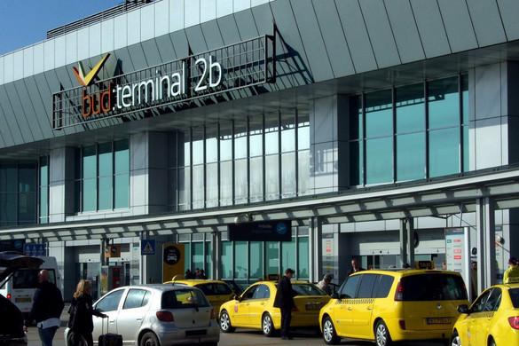 Műszaki hiba miatt egy időre lezárták a Liszt Ferenc-repülőteret