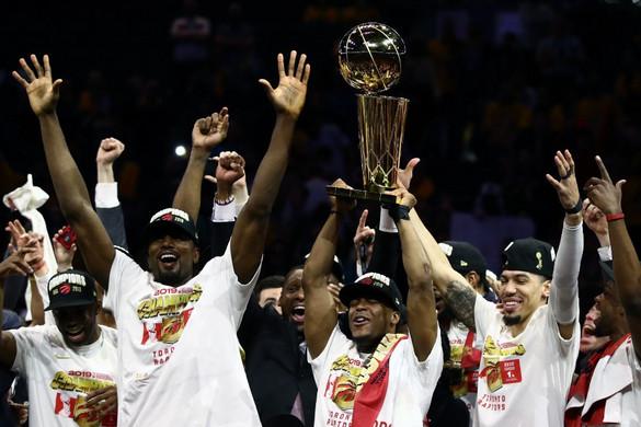 A Raptors legyőzte a Warriorst, először avattak kanadai bajnokot az NBA-ben