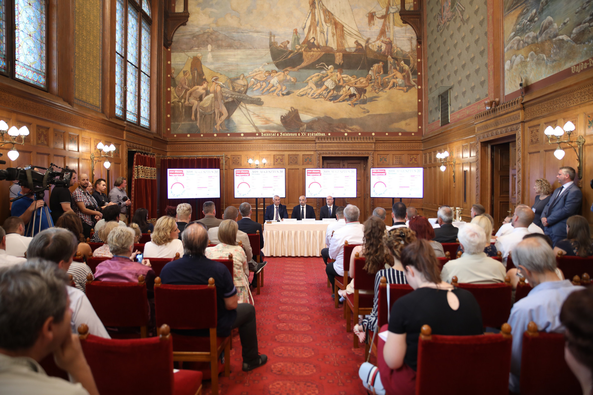 Az ünnepi rendezvényekről tartottak sajtótájékoztatót Budapesten