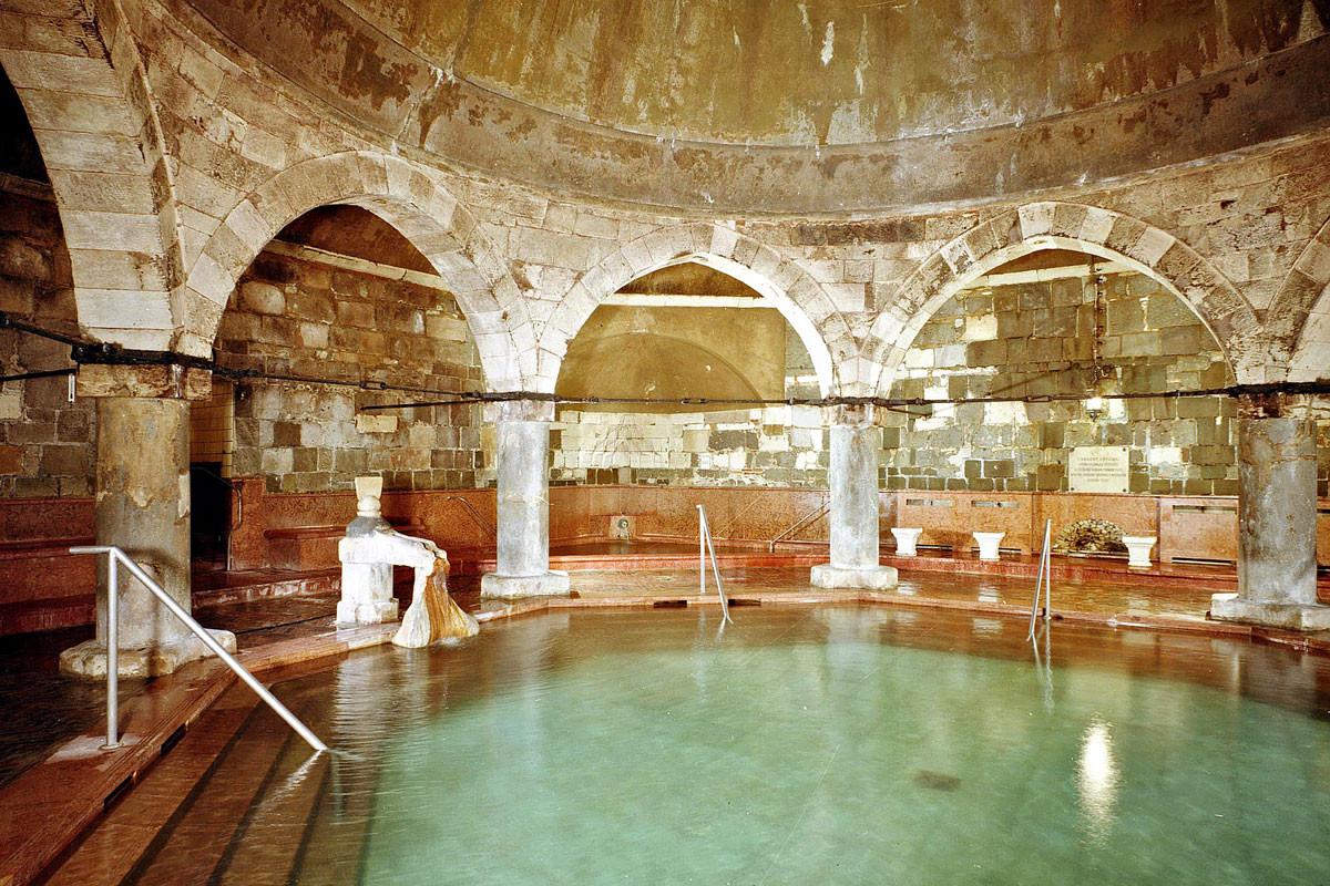 Törökfürdő a Rudasban, 1987