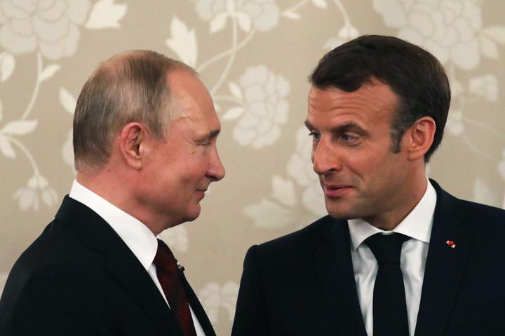 Macron meghívta Vlagyimir Putyint Franciaországba