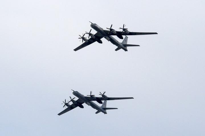 Dél-koreaiak lőttek egy orosz repülőre