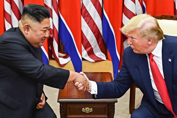 Kim Dzsong Un meghívta Trumpot Phenjanba