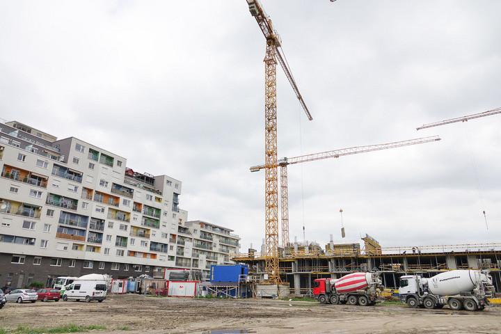 A májusi időjárás hűtötte az építőipart