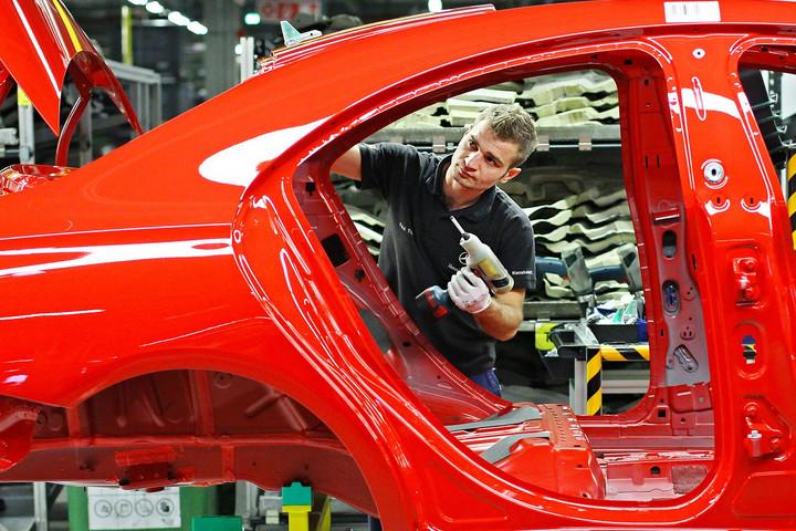 A magyar autóipar teljesítménye eléri az évi tízezer milliárd forintot