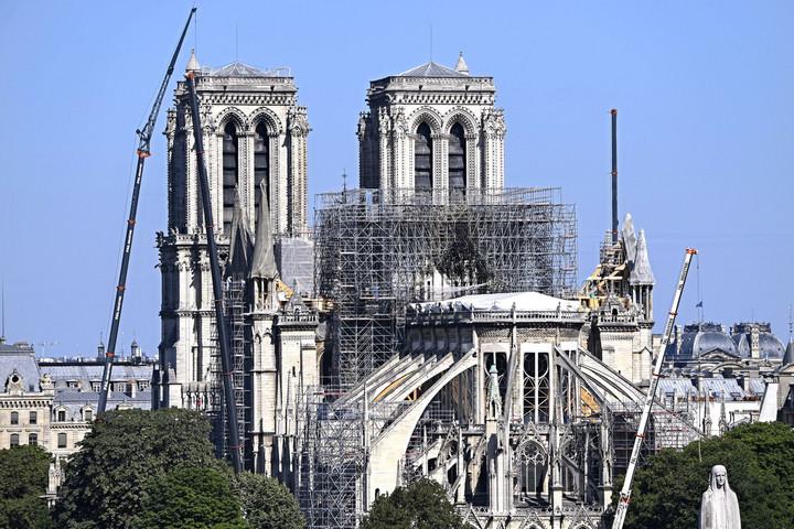 Notre-Dame-tűz: adókedvezményt kap, aki támogatja a helyreállítást