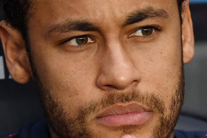 Nem állnak sorba a kérők a sérült Neymarért, aki távozni akar Párizsból