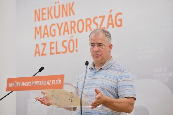 Kósa Lajos: Az ellenzék hatalmas kudarccal indul a választáson
