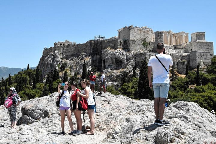 A hőség miatt le kellett zárni az Akropoliszt