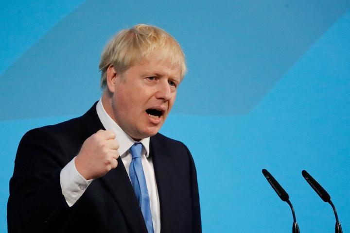 Boris Johnson a brit parlament felfüggesztését kéri