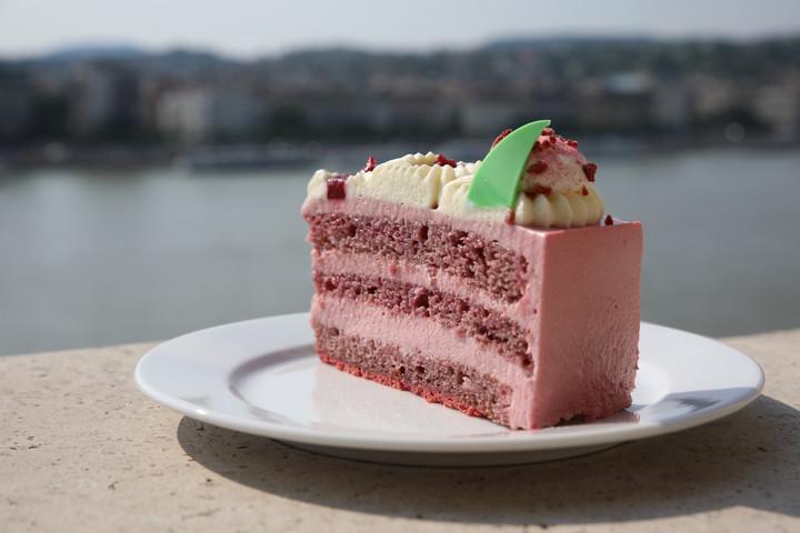 A Boldogasszony csipkéje lett idén Magyarország tortája
